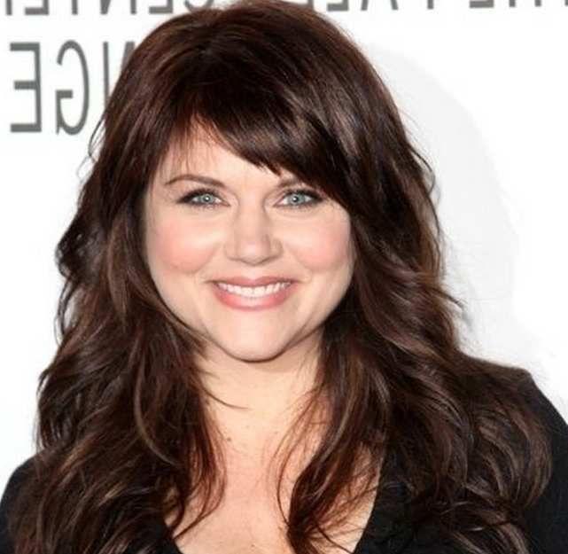 Wavy Medium-Length Hair Women Over 40 overweight